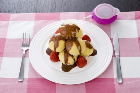 蒸しケーキ・チョコリキュールソースがけ